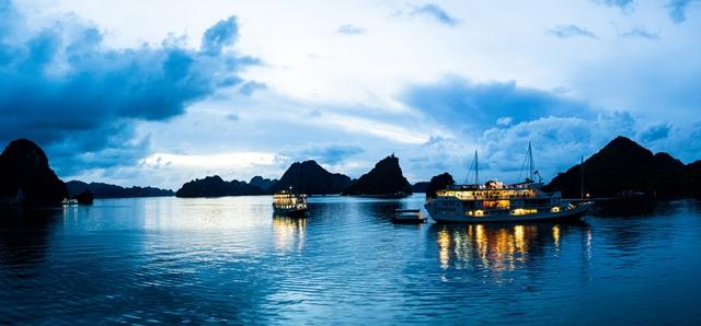 Ofertas de viajes a Vietnam y Camboya : crucero por Halong Bay