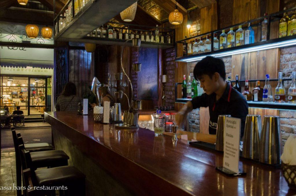 ¿Dónde salir por la noche en Hanoi?