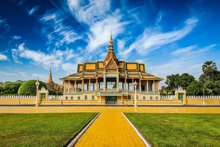 Palacio Real de Phnom Penh - Organizar un viaje a Vietnam y Camboya