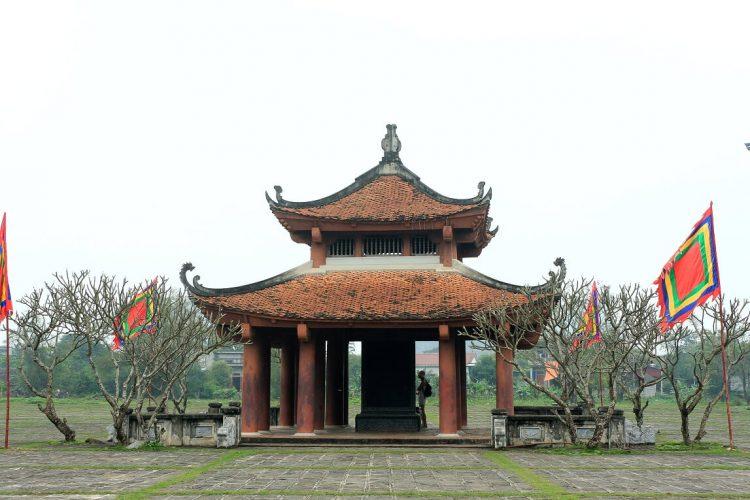 el templo del rey Dinh - ninh binh vietnam