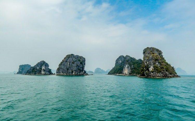 Baie d'halong - experiencia-de-luna-de miel en Vietnam y Camboya