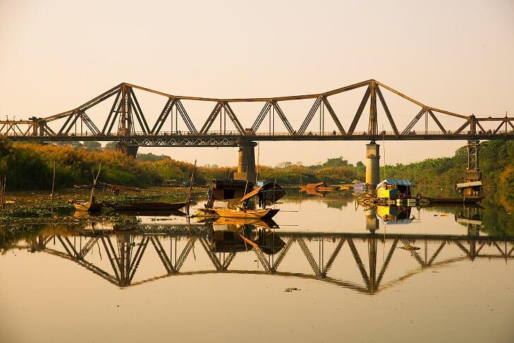 Puente de Long Bien - que ver en hanoi