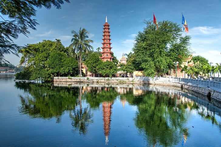Pagoda Tran Quoc - que en ver hanoi