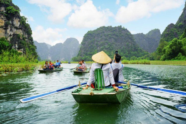 tam coc - cosas hacer vacaciones verano Vietnam Camboya